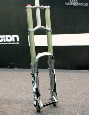 X-Fusion's new DH fork certainly looks the part, with chunky 36mm stanchions and 200mm of travel on tap