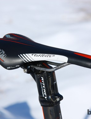 The comfortable and supportive Selle Italia SLR saddle gets custom graphics for a matching look