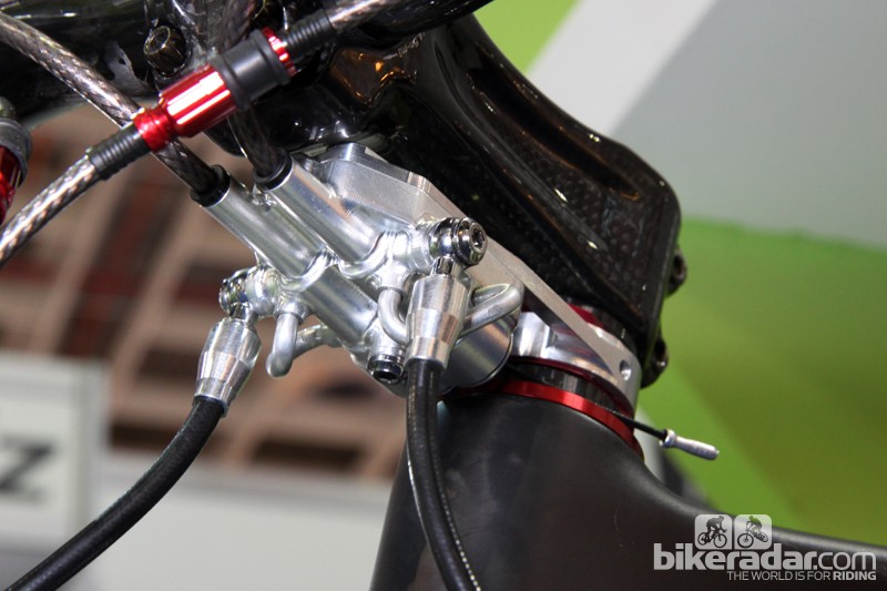 Ashima previewed its upcoming Hydro-Mech mechanical-to-hydraulic converter at the Taipei Cycle Show