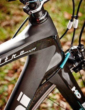 The short and stout head tube contributes to a very racy feel