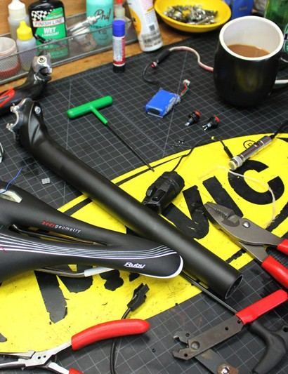 The innovative Di2BS system was designed and built by Sports Garage mechanic James Terry in Boulder, Colorado