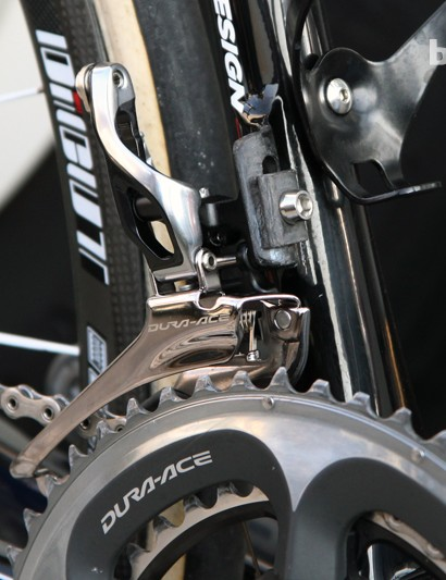 IAM Cycling's Shimano Dura-Ace 9000 front derailleur is mounted to a carbon fiber tab