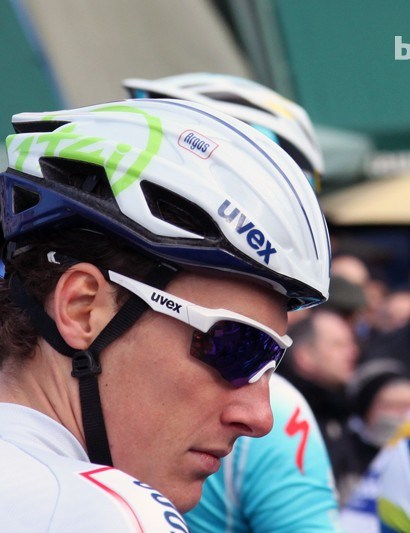 Argos-Shimano riders set off from Bruges with Uvex helmets fitted with solid shells