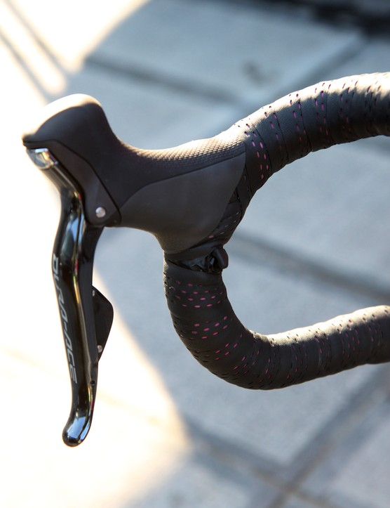 Sprint shifters on Filippo Pozzato's (Lampre-Merida) Merida Reacto Evo