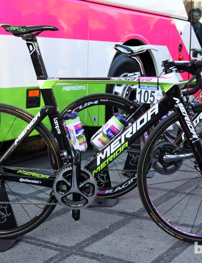 Lampre-Merida teammate Alessandro Petacchi also set off from Bruges aboard a new Merida Reacto Evo aero road bike
