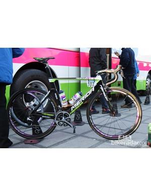 Merida's new Reacto Evo aero road bike made a debut at the Tour of Flanders under Lampre-Merida riders Filippo Pozzato and Alessandro Petacchi