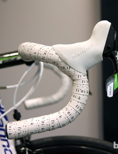 Traditional-bend FSA Energy T aluminum handlebars for Peter Sagan (Cannondale Pro Cycling)