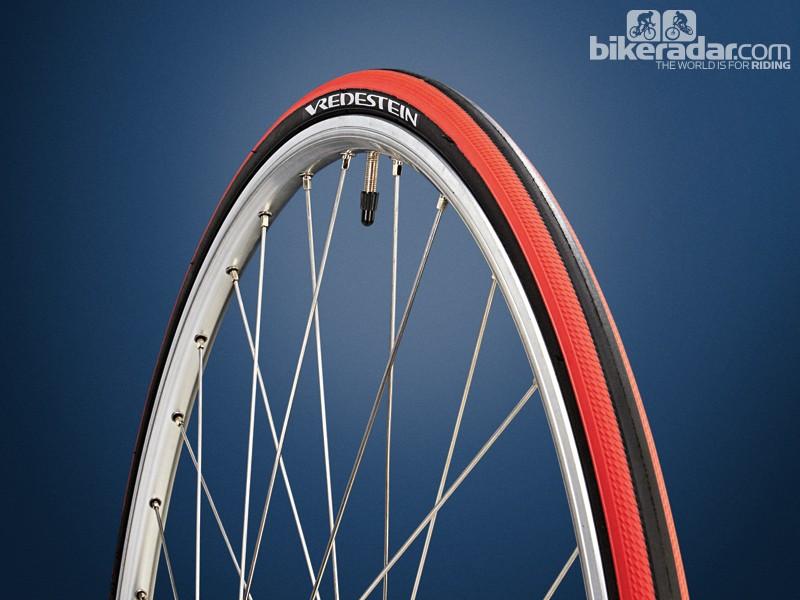 Vredestein Freccia TriComp training tyre