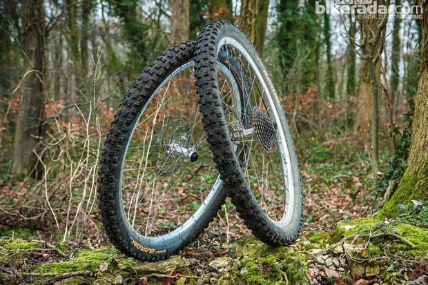 Spank EVO Oozy wheelset