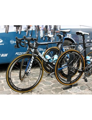 Blanco threw its support being Theo Bos and his Giant Propel Advanced SL at Scheldeprijs