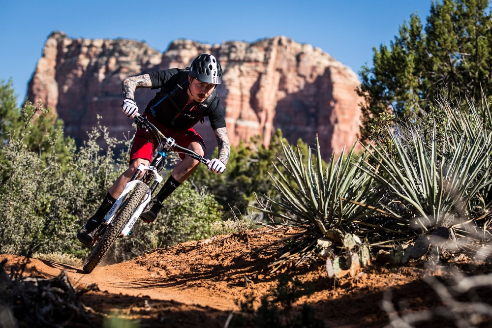 Red dust and big rocks: Duncan Riffle keeps it pinned in Sedona