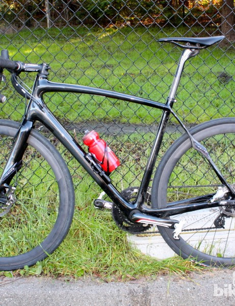 A prototype Specialized Roubaix with hydraulic SRAM Red