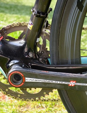 Customarily large bottom bracket area, containing a PF30 BB shell