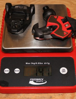 With cleat and hardware, a pedal weighs 141g