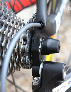 Canyon's sandwich-type replaceable rear derailleur hanger should theoretically yield a stiffer connnection than plates that only bolt onto the dropout from one side