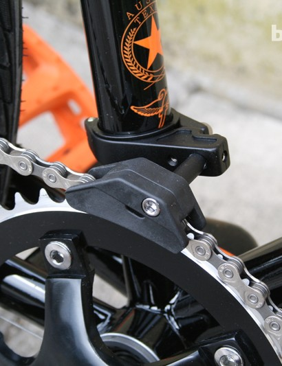This seat tube-mounted chain guide is a nice touch