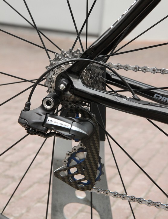 Sky riders were somewhat unusual at Paris-Roubaix in that they were all using Shimano Dura-Ace Di2 electronic transmissions. Many other Shimano-equipped riders were on mechanical setups