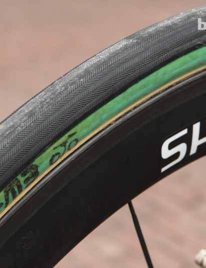 The fine file tread on the FMB Paris-Roubaix is designed to add extra grip on dust-covered cobblestones