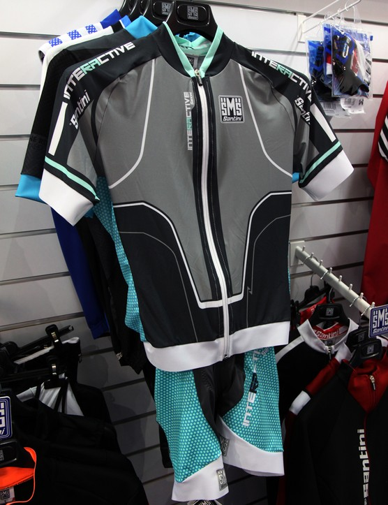 Santini's new Interactive kit is designed to offer the aerodynamics of a skinsuit but the convenience of a separate jersey and shorts