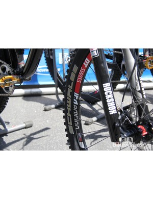Both the 650B Anthem and the Trance were sporting the same 650b DT Swiss wheelset