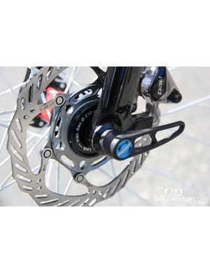 The fork uses a 15mm thru-axle, intended to provide stiffness and security