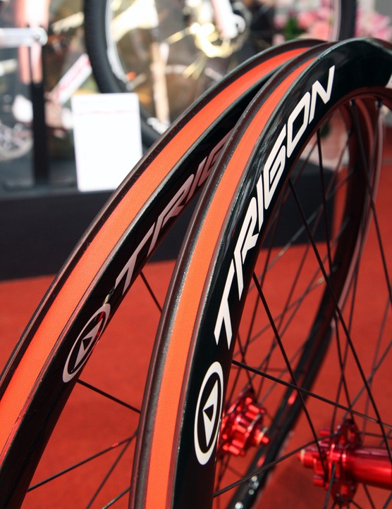Sorry, folks, Trigon's new CWCD40 carbon clinchers don't appear to be tubeless-ready out of the box, although they probably can be converted