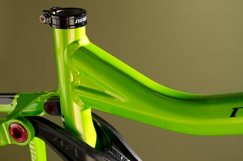 Air forming, rather than hydroforming, is used to shape the tubeset
