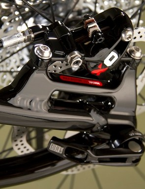 Post mount disc brakes tabs and a maximum rear rotor size of 185mm