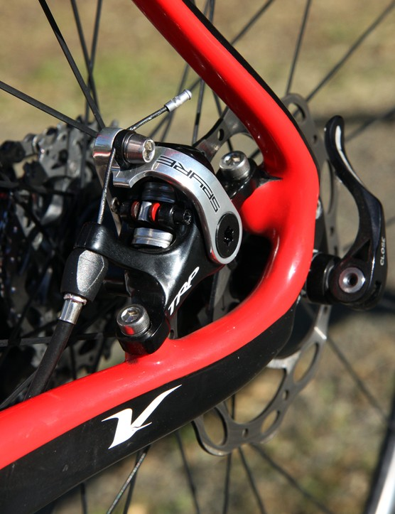 The TRP Spyre's main advantage over the stalwart Avid BB7 or other cable actuated competitors is its dual piston design, which moves both pads symmetrically via the wraparound arm for more even wear