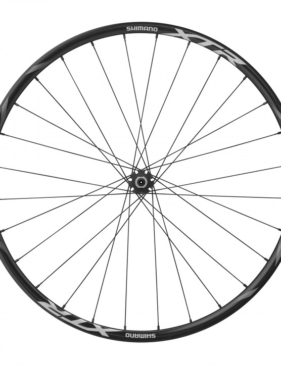 Shimano WH-M980 front wheel with 15mm axle