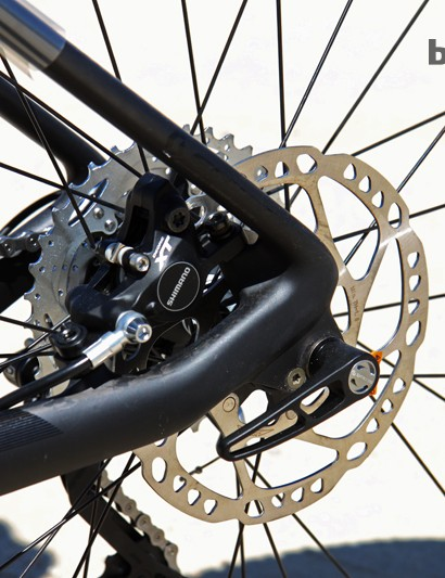 Scott is offering the Scale 710 exclusively with thru-axle rear dropouts