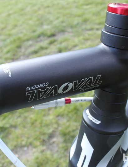 More Oval components, including the bar and stem - plenty of steerer tube helps getting the fit just right