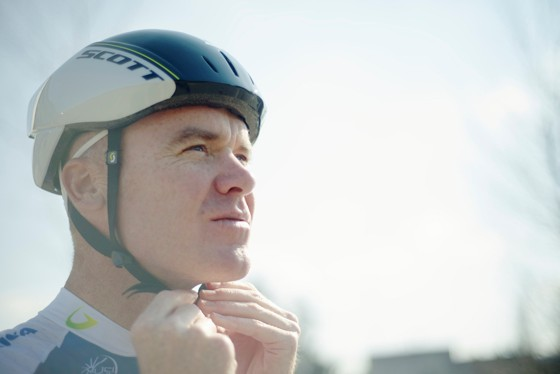 Stuart O'Grady models the Scott Vanish Aero helmet