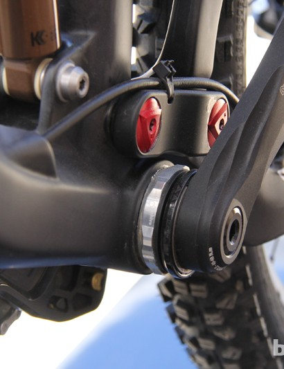 The Attack Trail uses a 73mm threaded bottom bracket