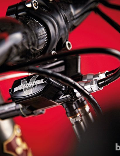 Hope V-Twin hydraulic disc brakes