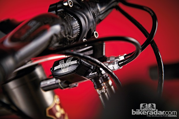 Hope V-Twin hydraulic disc brakes