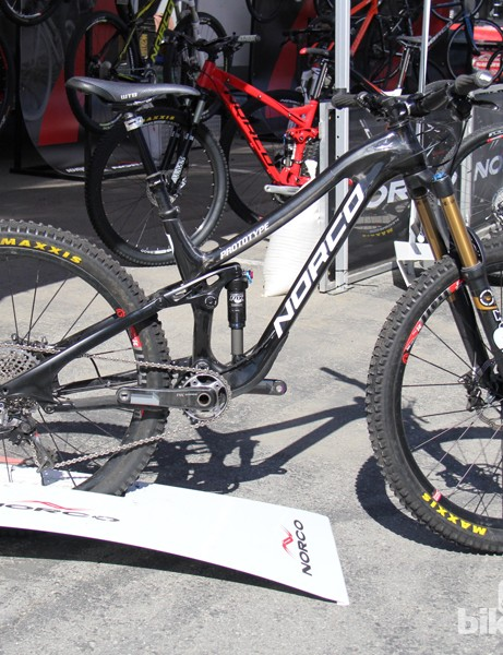 Norco claims the carbon Sight weighs 20 percent less than the current aluminum version