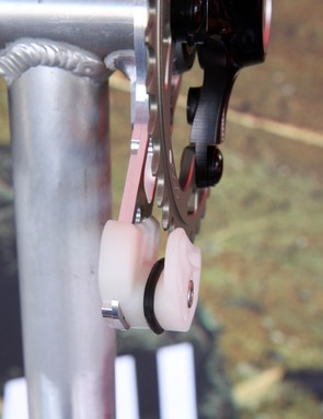 Gamut switched to fixed lower sliders last year for better performance in mud and quieter operation. The o-ring isn't entirely necessary but it cuts down on noise even further