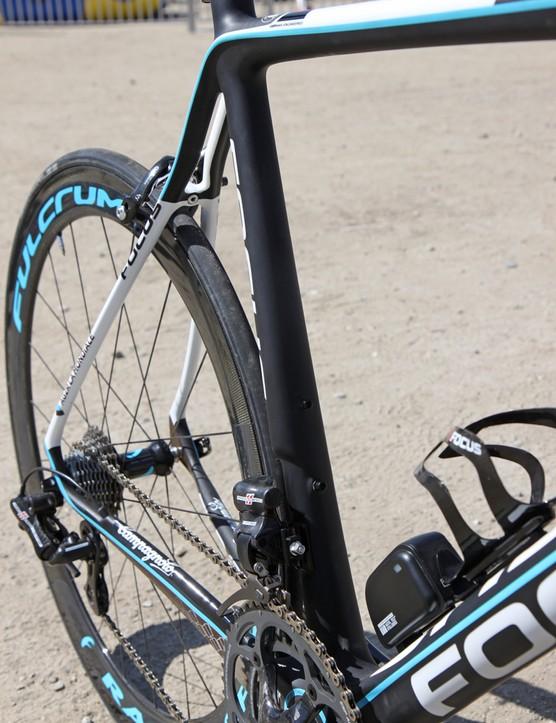 The seat tube on the Focus Izalco Team SL Ag2r is highly asymmetrical