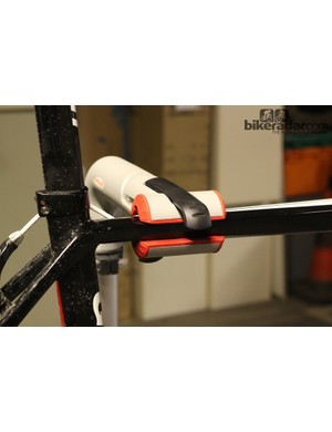 The grip is solid and secure on the Cyclo Modular Workstation clamps