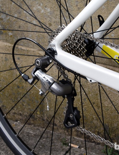 Shimano's 105 rear derailleur pairs with a Tiagra 10 speed 11-25T Cassette