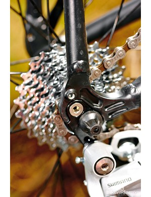 Eyelets for a rack or mudguard – but no tyre clearance
