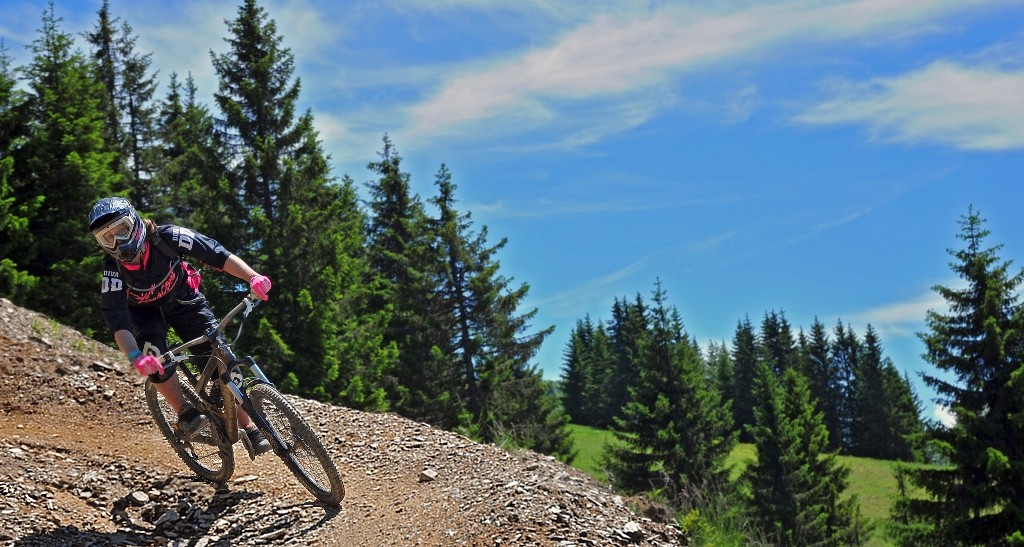 Women's downhill series launched