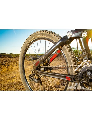 The Split Pivot rear end now uses a bolt-through axle, which improves stiffness