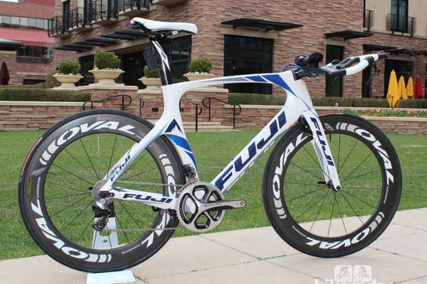 Named for a Strava segment, the Norcom Straight is Fuji's new time trial/triathlon bike