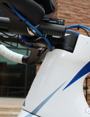 The proprietary stem sits flush with the top tube - in height and width