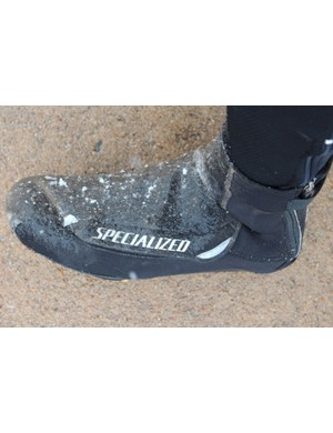 Specialized's Neoprene Shoe Covers keep the elements out