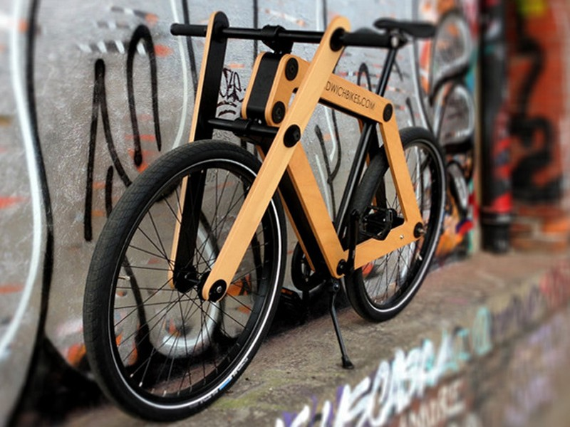 Sandwichbikes are assembled by the owner