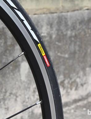 Mavic Aksion 23mm tyres