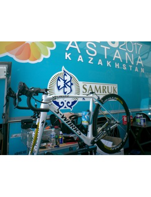 An Astana Specialized Tarmac SL4 - midway through being built by the Astana mechanic